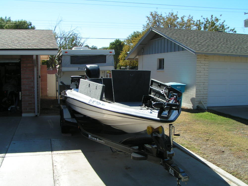 For sale: 2001 Triton TR-21 Bass Boat